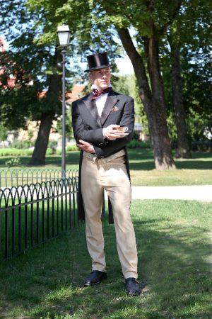 19 amžiaus vyriškas kostiumas